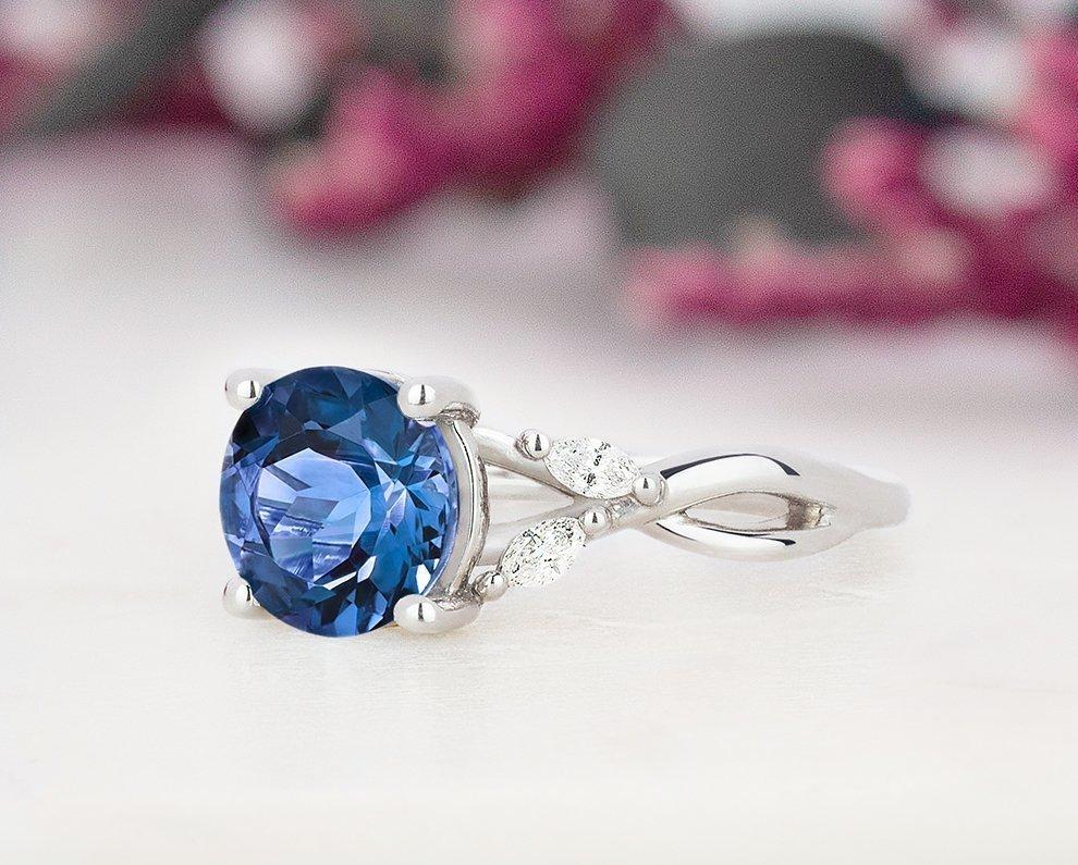 gemstone-rings-xs